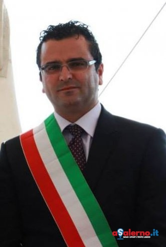 Perito piange la scomparsa del sindaco Apolito - aSalerno.it