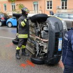 Incidente auto poste (4)