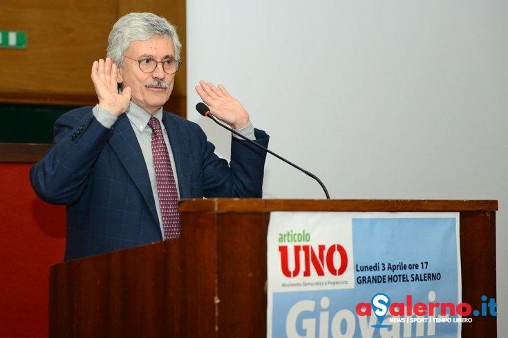 """D'Alema, stoccate e sorrisini: """"Salerno? Non è mica di De Luca"""" - aSalerno.it"""