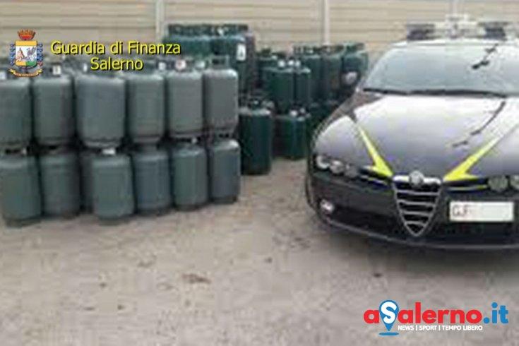 Deposito Gpl abbandonato, le fiamme gialle sequestrano 61 bombole - aSalerno.it