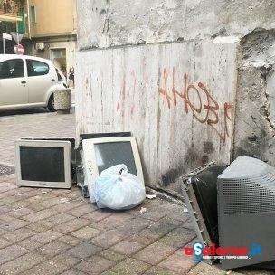 monitor abbandonati