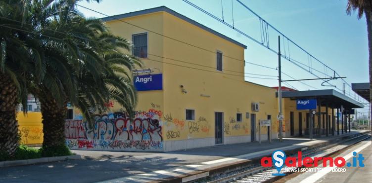 Suicidio ad Angri: uomo si lascia travolgere da un treno - aSalerno.it