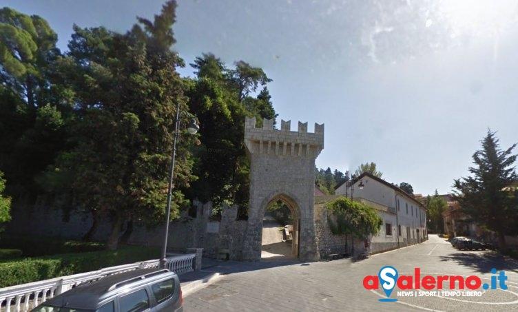 Niente stipendi da ottobre, scioperano i dipendenti del Comune di Valva - aSalerno.it