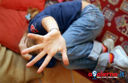 Stupro a sfondo satanico su bimbo di 5 anni: assolti nonna e zia - aSalerno.it