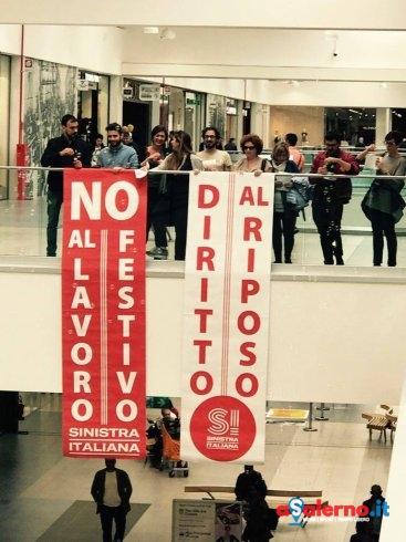 """""""Il 1 maggio.. diritto al riposo"""" Sinistra Italiana in presidio alle Cotoniere – FOTO - aSalerno.it"""
