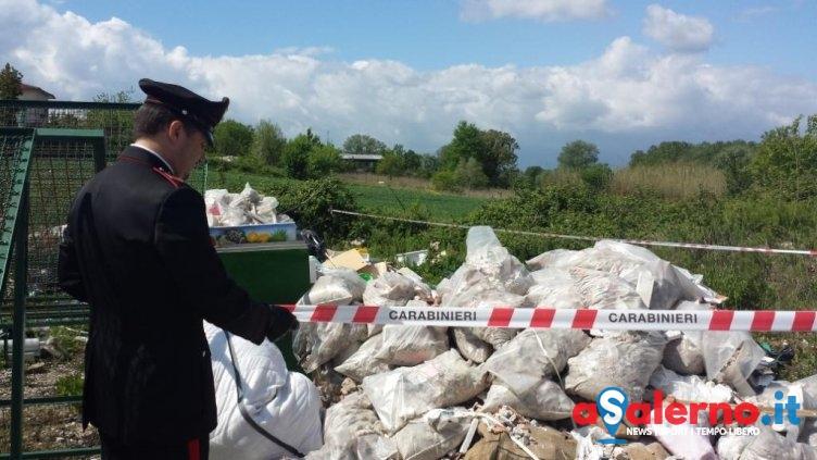 Rifiuti pericolosi scaricati in un terreno nel Salernitano, area sequestrata - aSalerno.it