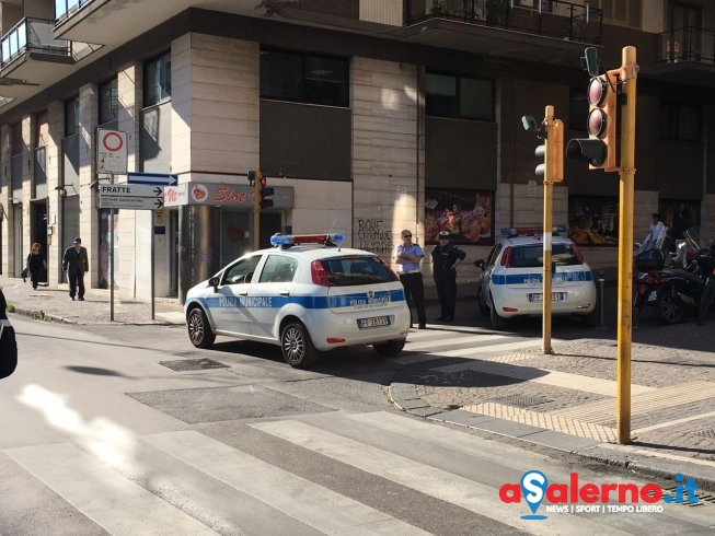 Lavori al sottopassaggio di via Santi Martiri, strada resta chiusa al traffico - aSalerno.it