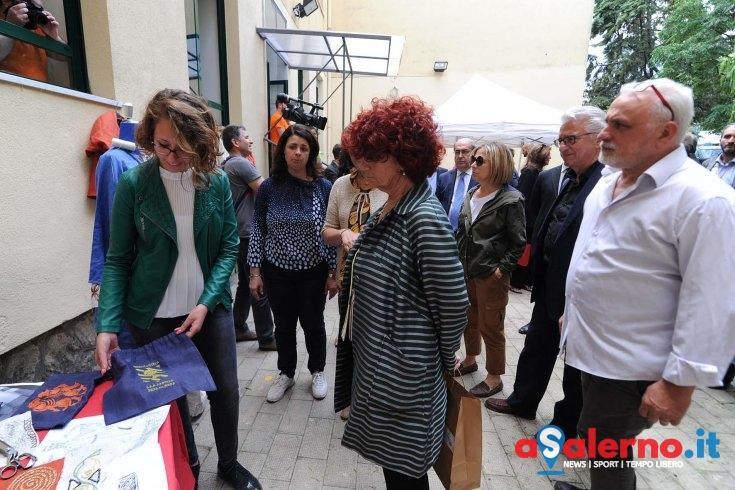 Gioielli e abiti, le bellezze di Olivetro Citra: alunni dell'Assteas incontrano la Fedeli - aSalerno.it