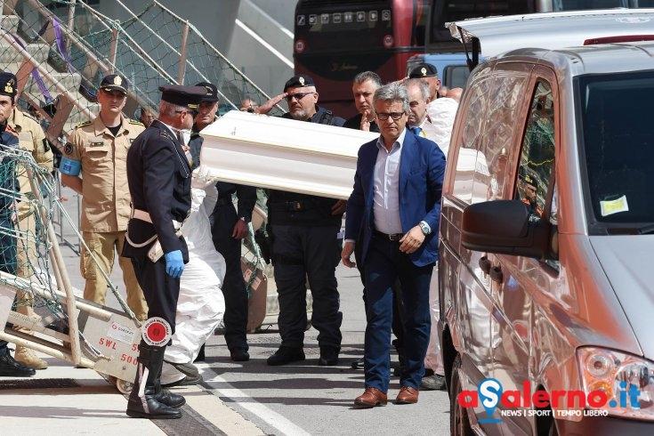 """Sbarco migranti, parla il sindaco: """"Oggi è il giorno del dolore ma anche della speranza"""" - aSalerno.it"""