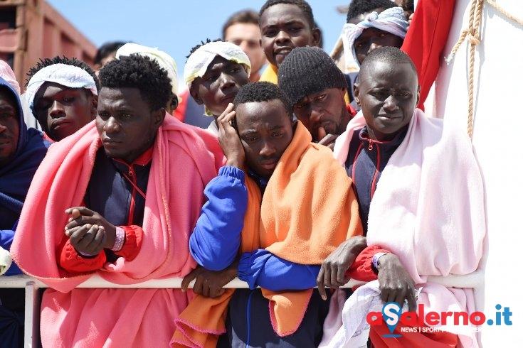 Nuovo sbarco a Salerno, in arrivo 1216 migranti al Molo Manfredi - aSalerno.it