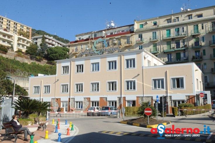 Alba folle a Salerno: ruba computer, scatta l'inseguimento sui tetti - aSalerno.it