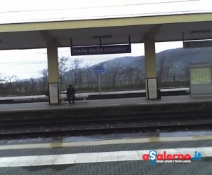 VALLO_DELLA_LUCANIA stazione treni