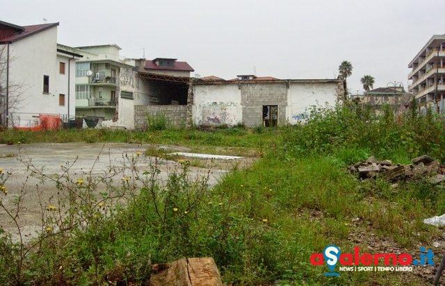 Bellizzi, al via i lavori di demolizione dell'ex Consorzio Agrario - aSalerno.it