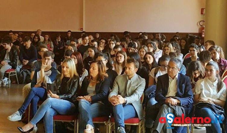 Raccolta differenziata, incontri di sensibilizzazione – FOTO - aSalerno.it