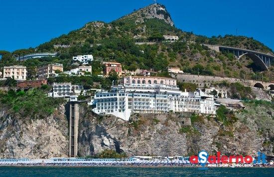 Compravendita Lloyd's Baia Hotel: chiesto rinvio a giudizio per Soglia - aSalerno.it