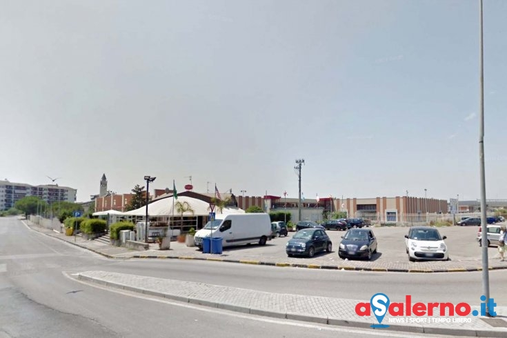 Battipaglia, lite al mercato tra un venditore e vigili urbani - aSalerno.it