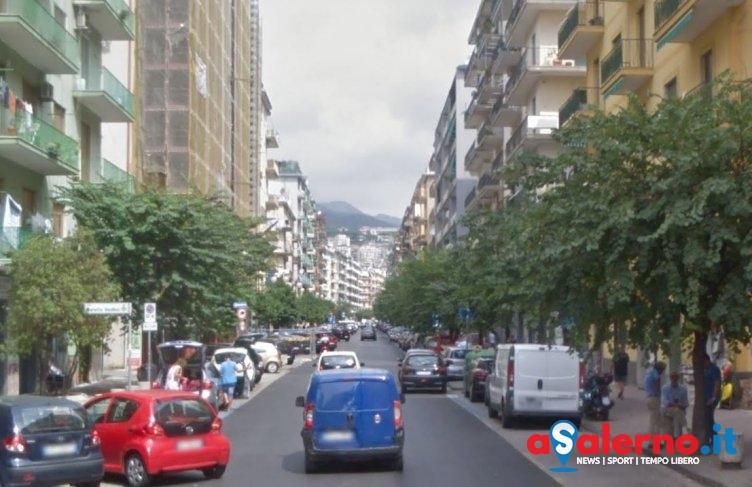 """""""Vivere meglio"""", stand in via Mobilio: la visita degli assessori Savastano e Mazziotti - aSalerno.it"""