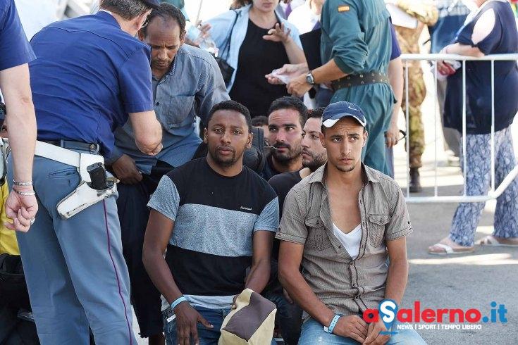 Nuovo sbarco all'alba di venerdì a Salerno: tra i migranti anche richiedenti asilo - aSalerno.it