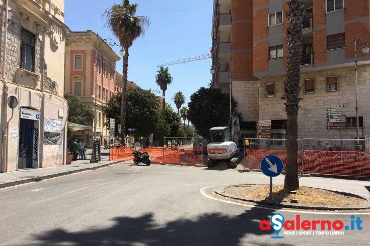 Lavori in via Porto, chiusa la strada - aSalerno.it