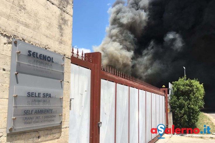 Incendio a Battipaglia: struttura sottoposta a sequestro, sono in corso verifiche dell'Arpac - aSalerno.it