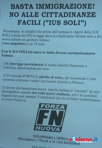 """Volantini contro la """"Ius Soli"""": """"No alle cittadinanze facili"""" – FOTO - aSalerno.it"""