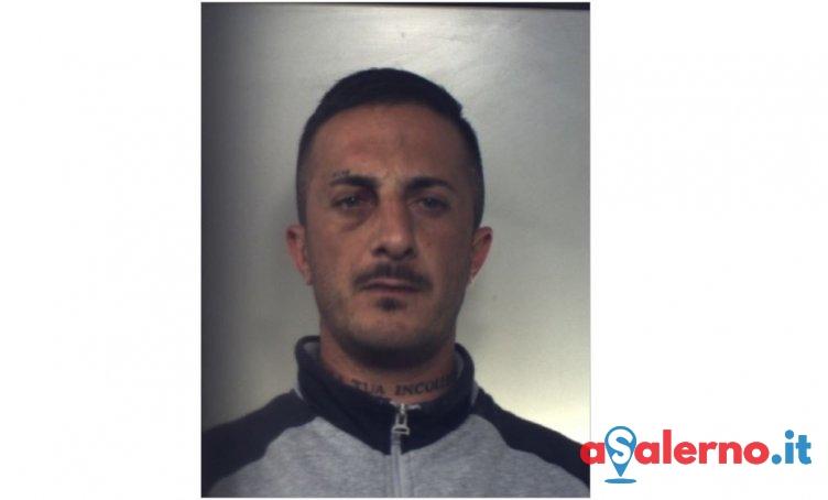 Passeggia con il cane in centro ma è ai domiciliari, arrestato Domenico Anzalone - aSalerno.it