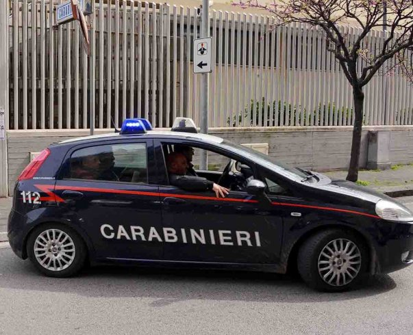 Pontecagnano, arrestati due giovani pronti a spacciare hashish - aSalerno.it