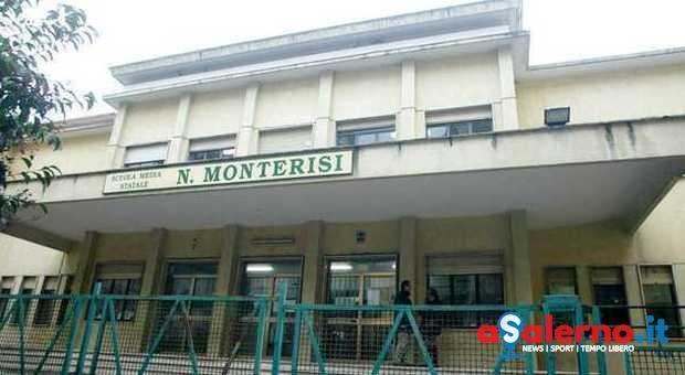 Salerno, furto alla scuola Monterisi: rubati tablet e notebook - aSalerno.it