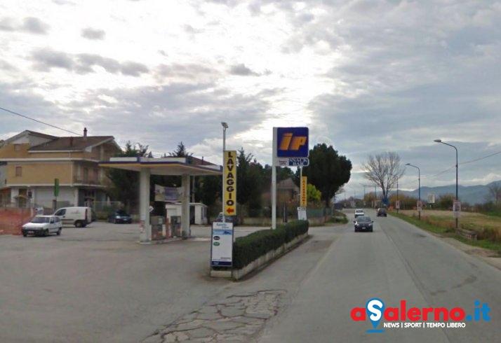 Tragedia a Sala Consilina, trovato morto all'alba nella sua auto - aSalerno.it