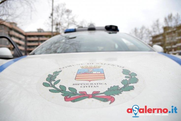 Enoteca abusiva nel centro di Salerno, il blitz della Municipale - aSalerno.it