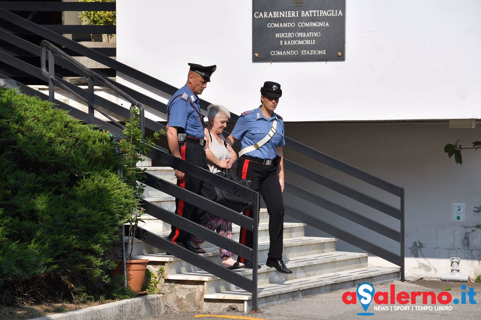 Finti matrimoni per procurare permesso di soggiorno, l'operazione dei Carabinieri