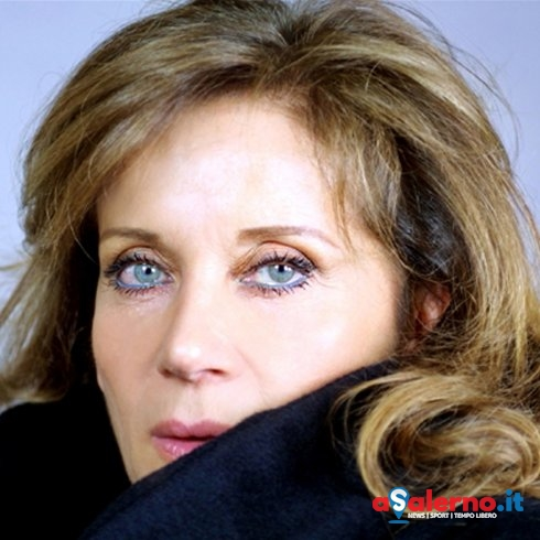 Premio Charlot, premio speciale teatro a Anna Teresa Rossini - aSalerno.it