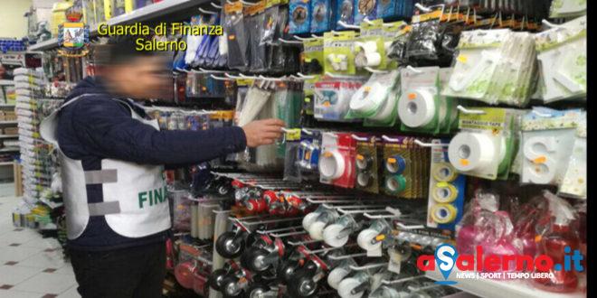 Blitz in un grande magazzino nel Salernitano: sequestrati 60mila prodotti non sicuri - aSalerno.it