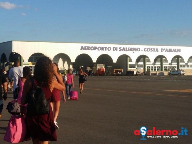 """M5S: """"Aeroporto di Salerno, un fallimento da due milioni l'anno"""" - aSalerno.it"""