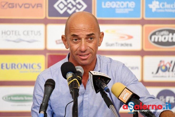 """Mister Bollini guarda con fiducia la gara di domani: """"Il gruppo sta bene e la partita diventa fondamentale"""" - aSalerno.it"""