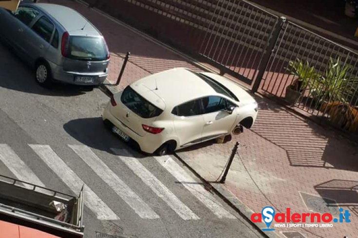 Raid vandalico nella zona di via Calenda, 5 auto lasciate sui mattoni senza ruote - aSalerno.it