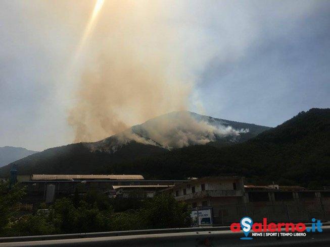 Ancora emergenza incendi: in fiamme Castiglione dei Genovesi - aSalerno.it