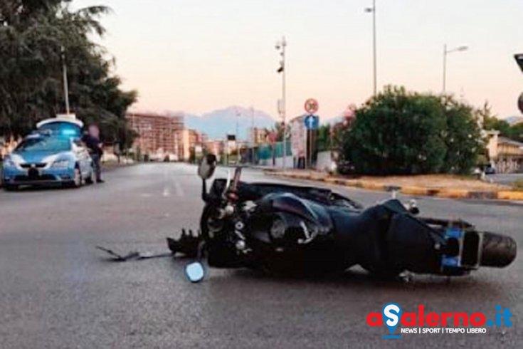 Tragico incidente ad Angri, perde la vita giovane motociclista - aSalerno.it