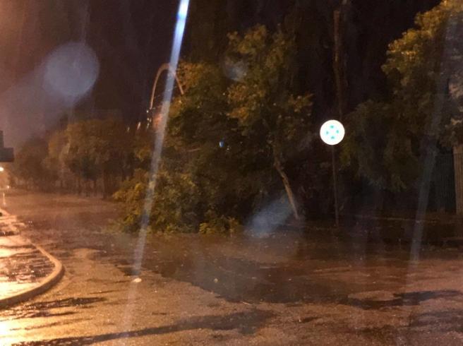 Allagamenti e disagi, i danni del maltempo su Salerno e provincia - aSalerno.it