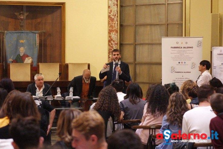 """Fabbrica Salerno, Roberto De Luca: """"L'obiettivo è creare opportunità di lavoro"""" - aSalerno.it"""