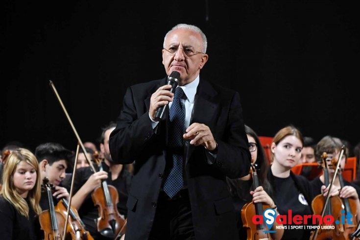 """Scuola, al Teatro Augusteo anche De Luca: """"Investiti 25 milioni di euro per i giovani"""" - aSalerno.it"""