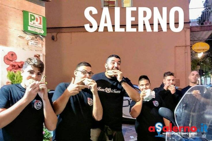 """""""Ius Soli"""", i giovani di Forza Nuova mangiano panini sotto le sedi del Pd - aSalerno.it"""