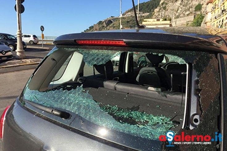 Auto danneggiate da Pastena a via Benedetto Croce: giallo a Salerno – LE FOTO - aSalerno.it
