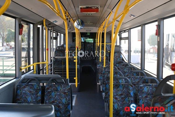 """Chiede il biglietto sul bus, lei lo aggredisce: """"controllore"""" in ospedale a Salerno - aSalerno.it"""
