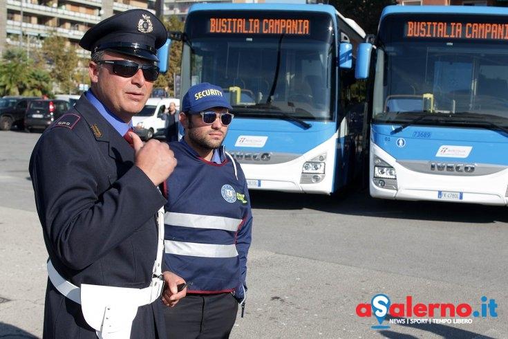 """Salerno, vigilantes sui bus: non ci sono più i """"portoghesi"""" di una volta - aSalerno.it"""