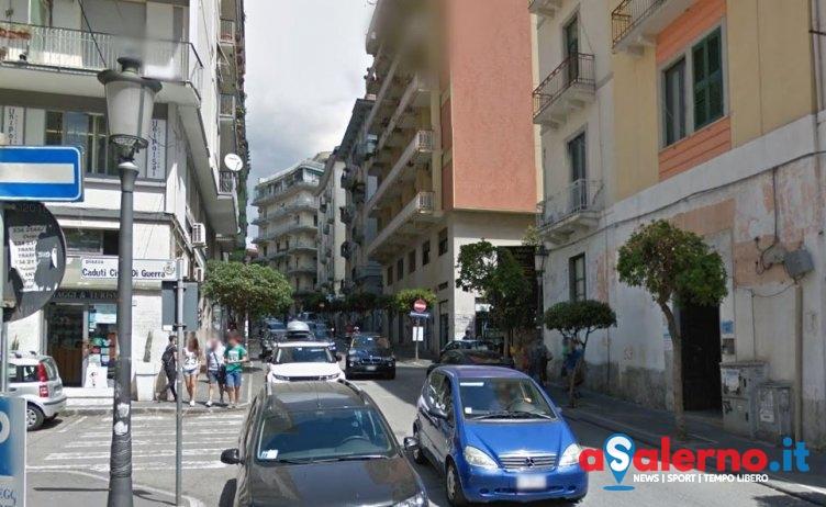 Strappa una collana ad una donna in via Diaz: arrestata Ilaria Di Matteo - aSalerno.it