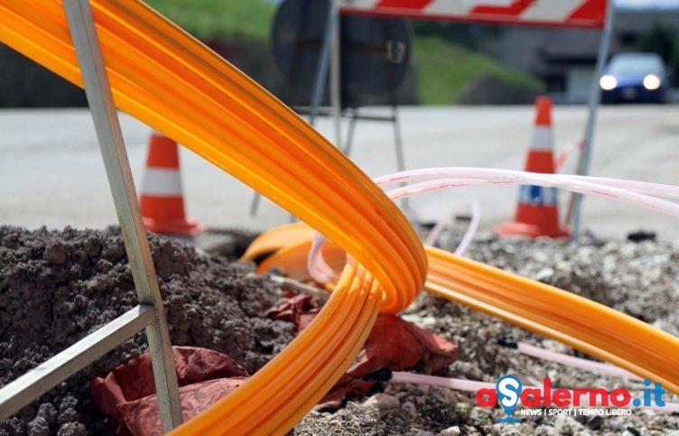 """Lavori per la fibra a Salerno, Santoro: """"Devastano le strade.."""" - aSalerno.it"""