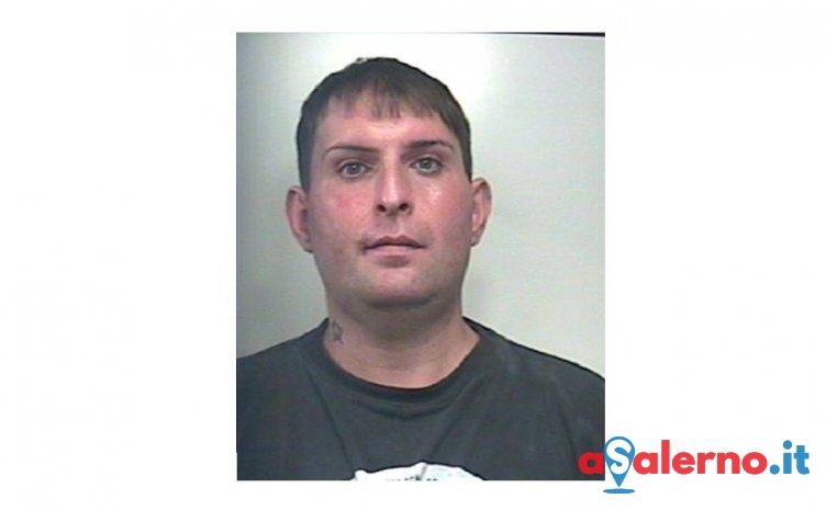 Con la cocaina e bilancino nella camera da letto, arrestato Massimo Romano - aSalerno.it