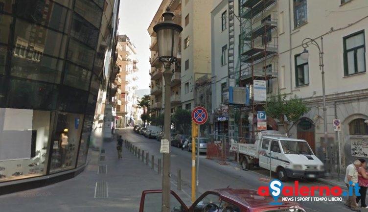 Molesti al bar, aggrediscono anche i poliziotti: arrestati due cechi in centro a Salerno - aSalerno.it