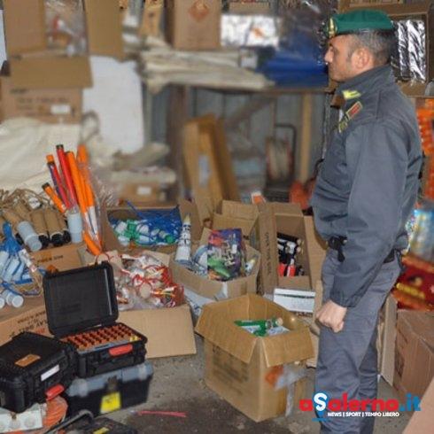 """Maxi sequestro di """"botti"""" illegali: 18 mortai e 20 metri di miccia - aSalerno.it"""
